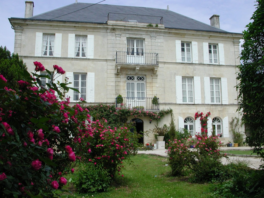 Turquoise Moon Chateau Front