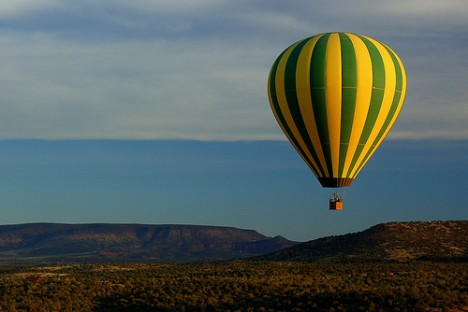 aa hot-air-balloon-3