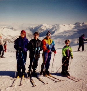 me skiing with babes 001